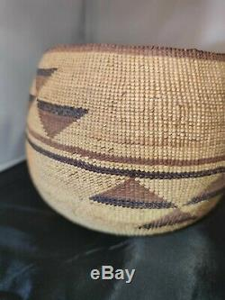 19th Or Early 20th Century Yurok Native American Basket