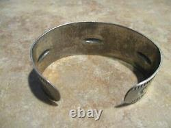 EARLY 1900's NAVAJO Coin / Sterling Silver STAMPED DESIGN Bracelet with Logs