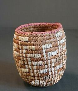 Early 1900 Native American NW Columbia River Imbricated Basket Child Size