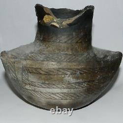 Early Ancestral Pueblo Indian Pottery Jar Pot Vase 3 sided 6.5 Artifact As Is