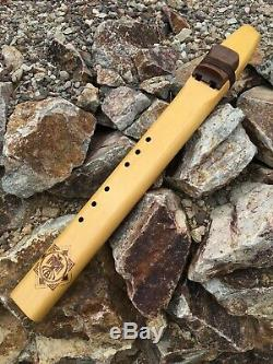 Early Geoffrey Ellis NAF Earth Tone Drone D Native American Flute