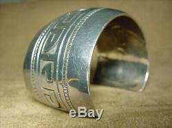 Early Old Pawn Classic Hopi Native American Sterling Silver Wave Cuff Bracelet