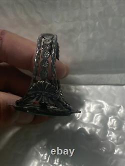 Early Vintage Navajo Repousse Sterling Silver Utah Variscite Bracelet