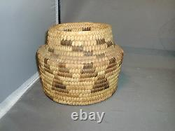Native American Indian Grass Hand Woven Basket Early 20th century