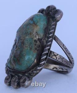 Old early Navajo Native American, Turquoise & Sterling silver large & heavy ring