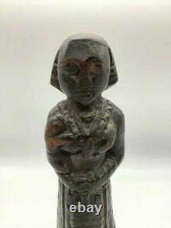 Rare Early 1700s Antique Native American Indian Statue of mother and child