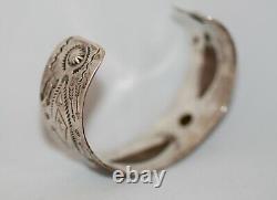 Superb Early Navajo Silver Cuff Bracelet (No. 2)