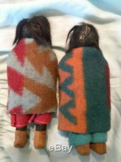2 Antique Native American Indian Skookums Poupées Rare Étiquette Early 1915-1920