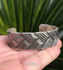 Antique Début Des Années 1920 Pawn Navajo Silver Lingot Tissé Bracelet Ciselé 51.8g