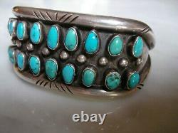 Au Début Du Siècle Navajo Pueblo Petit Blue Point Gem Turquoise Ciselé Bracelet