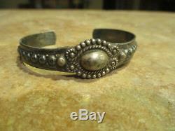 Au Début Fred Harvey 1900 Era Navajo Silver Button Dôme Bracelet Ligne