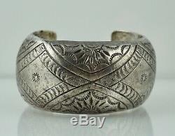 Au Début Navajo Amérindien Creux En Argent Sterling Bracelet Ancien Accord Pawn