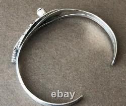 Au Début Navajo Ruth Ann Begay Plume Bracelet En Argent Sterling