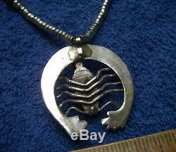 Beaux Early Navajo Argent-necklace Scorpion Naja Pendentif Main Perles Laminés