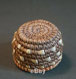 Beaux Early1900 Cowlitz Nord-ouest Amérindien Klickitat Imbriquent Panier Cup