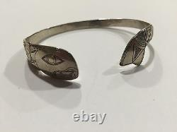 Early Original Hand Carved Tlingit Bracelet Argent Bill Wilson Hoonah Alaska