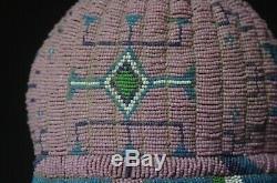 Femme Bonnet Perlé Lakota Début Du 20e Siècle