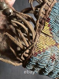 Gaine De Couteau Perlée Sioux Amérindienle Des Plaines Amérindiens
