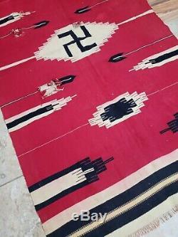 Grand Vtg C. Début Des Années 1900 Chimayo Amérindien Tourbillonnant Connexion Tapis 70x36