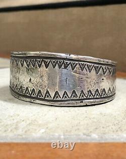 Important Début Des Années 1920 Première Phase Pion Navajo Silver Lingot Cuff Bracelet 122g
