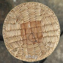 Native American Makah Cylinder Basket MID Early 20th Century