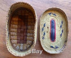 Native American Makahs Panier Pêche À La Baleine Scène Début Du 20e Siècle Forme Ovale