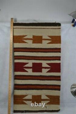 Navajo Tapis Tissage Tapis Porter 20x37 Or Rouge Brun Blanc Ancien Original Début 1900