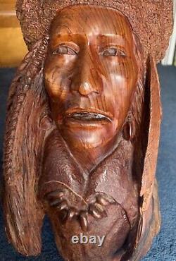 Premier Grand Bois De Manzanita Sculpté En Chef Autochtone Américain Buste Par Bob Boomer 1982